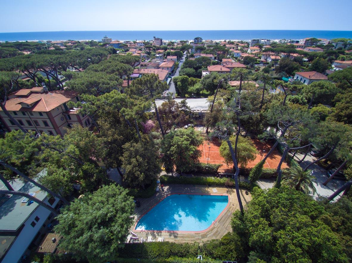 La piscina hotel villa tiziana versilia - Villa dei sogni piscina ...